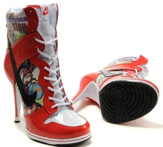 Çorap tipi sportif bilekte spor ayakkabı. Orta boy topuklu rugan bilekte bot. Orta boy topuklu rugan bilekte bot. İnce topuklu çorap tipi bilekte bot.