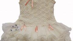 Yeni Örgü Dantelli Bebek Elbise Modelleri