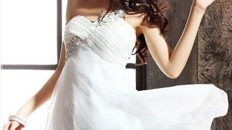 Yazlık Bayan Beyaz Elbise Modelleri