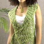Yandan bağlamalı yeşil bayan yazlık yelek modeli