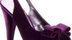 Bayan İşlemeli Ayakkabı Modelleri